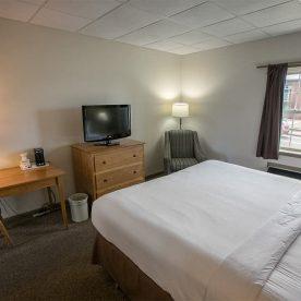 King Bed in ADA Room